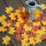 Podzimní listí, textilní dekorace, mix barev