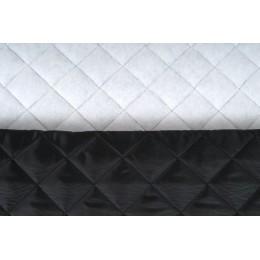 Podšívka polyesterová, prošívaná, zateplená, černá 5x5 cm,  metráž, látka VÝPRODEJ, sleva 50%